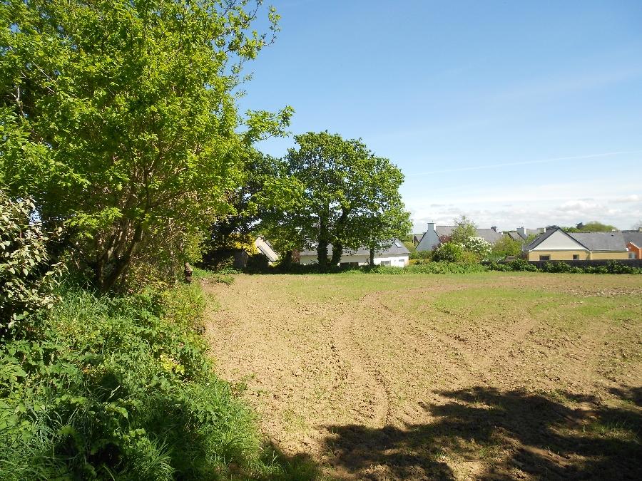 Terrain de 450 m² Le Drennec - 37 800€